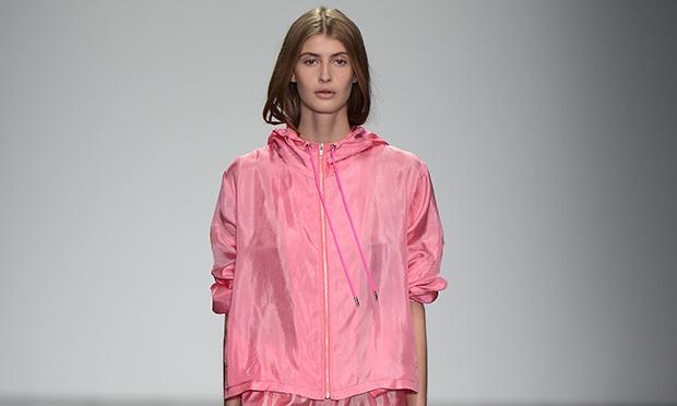 Raincoat-–-Christopher-Raeburn-SS15-620